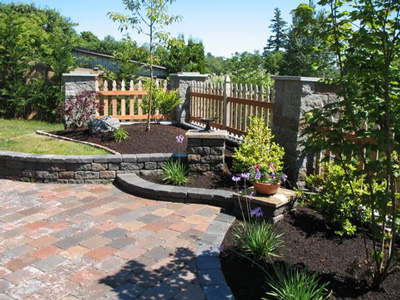 Hedahl landscape organic landscaping and experienced for Landscaping rocks tacoma